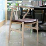 Carl Hansen & Søn-showroom-Wishbone chair-1